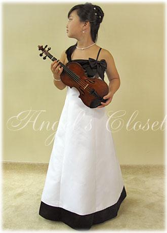 Aラインホワイト&ブラックSK(リボン)/子供ドレスのAngel'sCloset